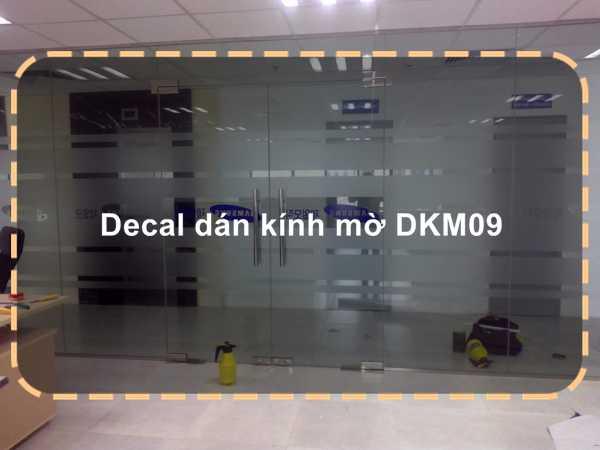 Decal dán kính mờ DKM09
